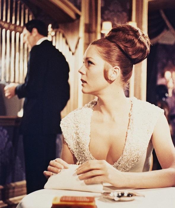 Английская актриса Диана в роли Трейси де Винченцо в фильме «На секретной службе Её Величества», 1969 год.