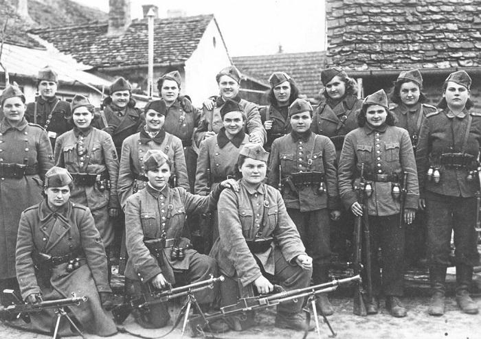 Народно-освободительная армия  Югославии.