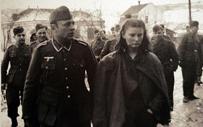 17-летняя югославская партизанка, ей и ее друзьям удалось спасти более 4 тысяч раненых товарищей.