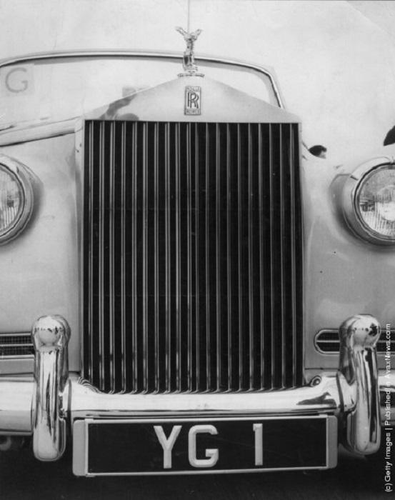 Для визита первого космонавта планеты Юрия Гагарина в Великобританию были выделены первоклассные машины - Роллс-Ройсы британского производства.