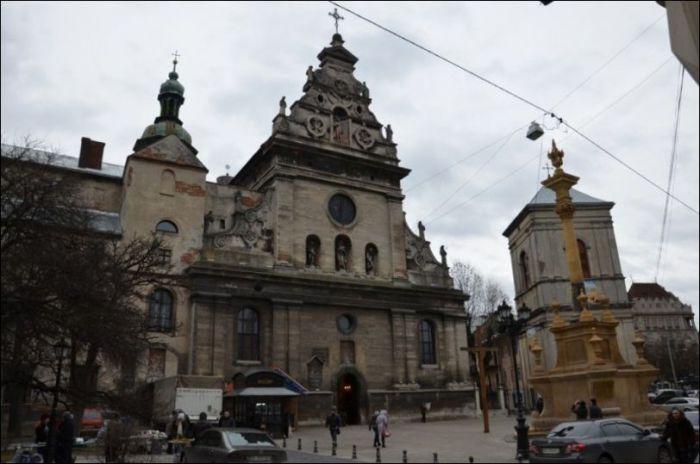 Бернардинский костел и монастырь, Львов.