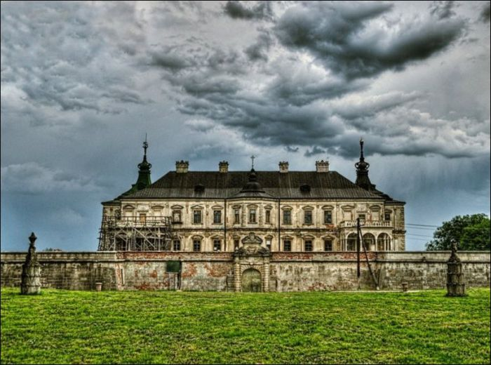 Подгорецкий замок, Львовская область, Украина — парижская ратуша.