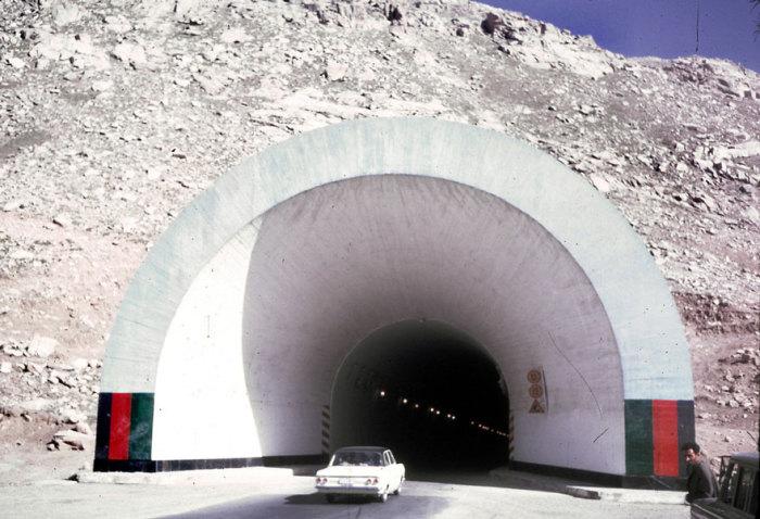 Построенный с помощью СССР тоннель, который связывает северный и южный Афганистан.