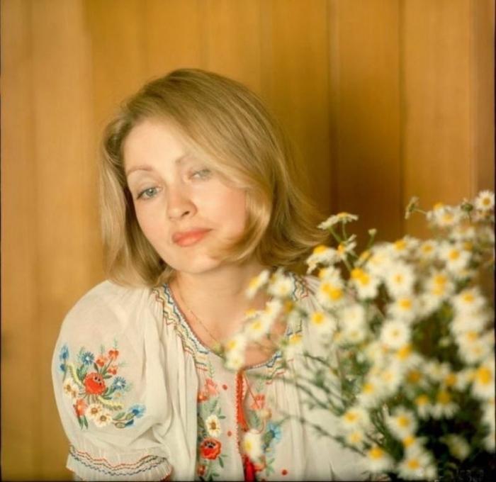 Советская актриса дебютировала в мире кино в художественном фильме «Дом, в котором я живу».