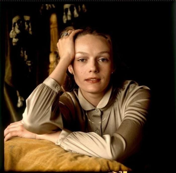 Самый большой успех советской актрисе принесла роль няни-волшебницы в музыкальном фильме «Мэри Поппинс, до свидания!».