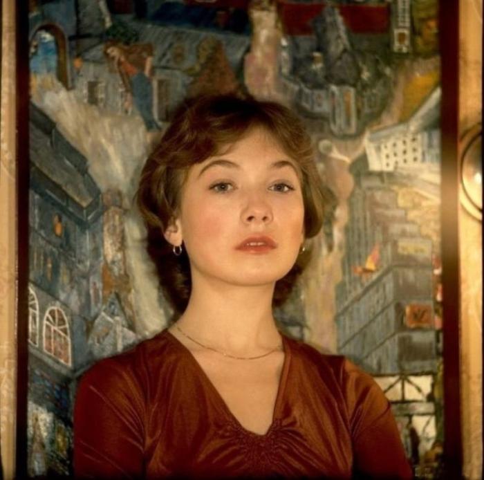 Слава и популярность пришли к советской актрисе после съемок в фильме Андрея Кончаловского «Романс о влюбленных».