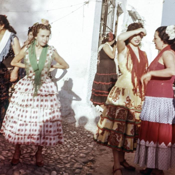 Исполнительницы фламенко - испанского танца страсти.