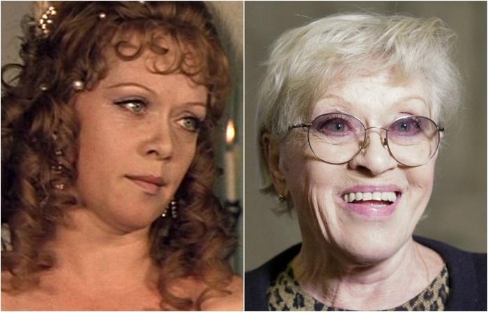 Актрисе долгое время не везло в кино, в основном, ей давали маленькие роли, ситуация изменилась после главной роли в фильме «Служебный роман».
