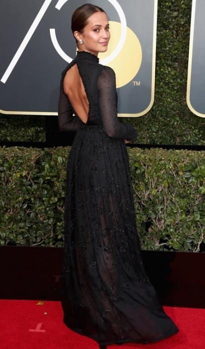Известная шведская актриса Викандер в платье Louis Vuitton. /Фото: love2beauty.ru
