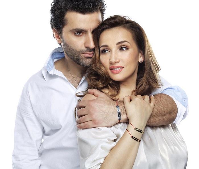 Знаменитая телеведущая решилась узаконить свои отношения с грузинским актером после 5-ти лет гражданского брака.