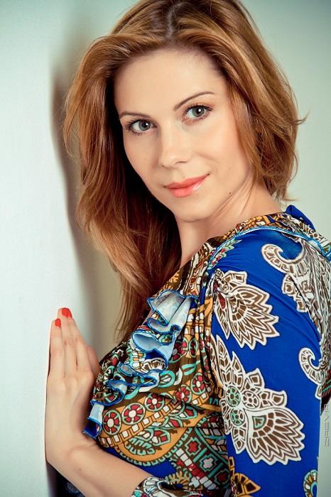 Актриса прославилась благодаря роли Дарьи Пироговой в ситкоме «Кто в доме хозяин?». /Фото: uznayvse.ru