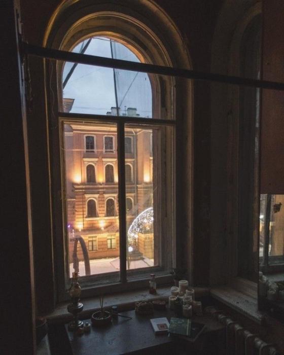 Санкт-Петербург с его неповторимой атмосферой не мог бы состояться без уникальных коммунальных квартир.