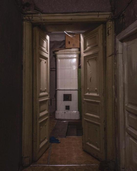 Роскошь петербургских коммуналок старого фонда.