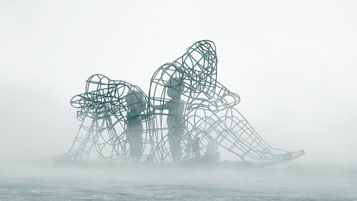 Новый проект украинского скульптора Александра Милова.