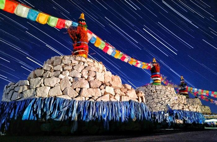 Звездные тропы в Минганту во Внутренней Монголии.