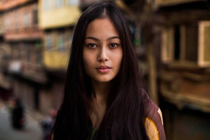 Молодая непальская девушка.