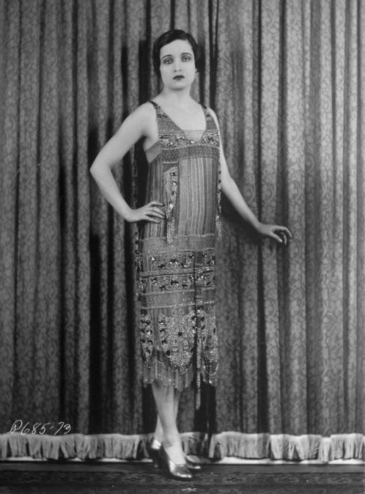 Прозвище эмансипированных молодых девушек 1920-х годов, олицетворявших поколение «ревущих двадцатых».