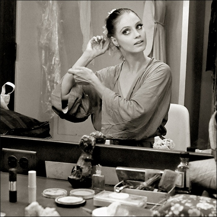 Выдающаяся американская балерина 20-го века, основатель Suzanne Farrell балета в Кеннеди-центре в Вашингтоне.