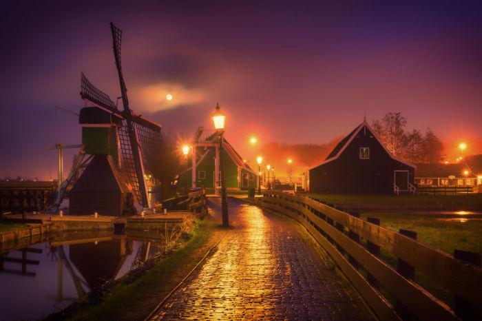 Зансе-Сханс — музей под открытым небом в окрестностях Амстердама, недалеко от города Заандама.