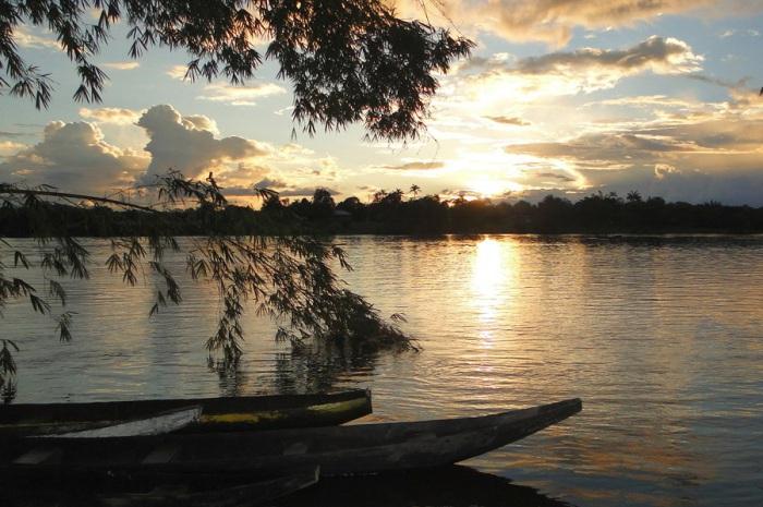 Река вторая по длине после Амазонки, протекающая через территории Парагвая, Бразилии и Аргентины.