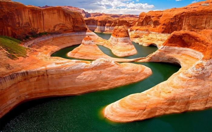 Крупная река на юго-западе США и крайнем северо-западе Мексики.