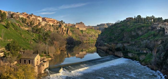 Одна из крупнейших рек полуострова, протекающая по территории Испании и Португалии.