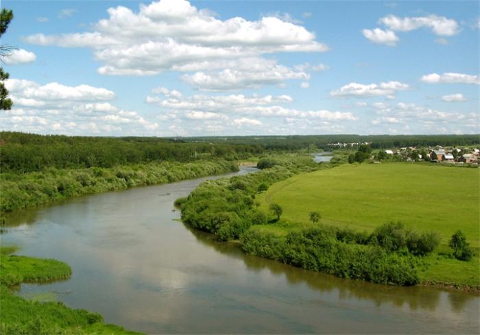Река в Западной Сибири, самая протяжённая в России и вторая по протяжённости в Азии.