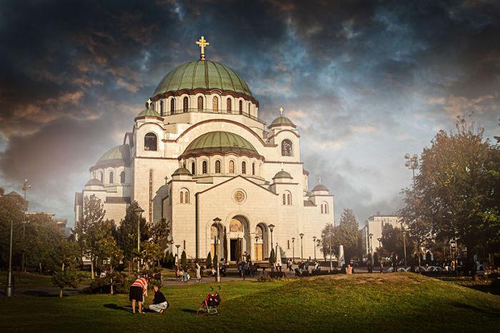 Величественный собор является на сегодняшний день самым крупным храмом на Балканах и одним из самых крупных православных храмов в мире.