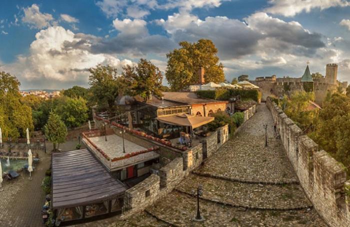 Крепость является большим парком для отдыха.