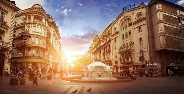 Главная и самая известная улица Белграда и пешеходная зона.