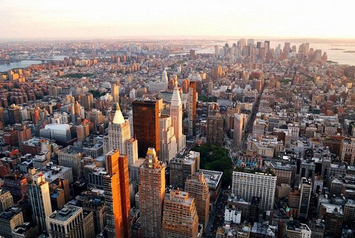 Шумный американский город с населением 21,5 миллиона жителей занимает 8-ю позицию в рейтинге.