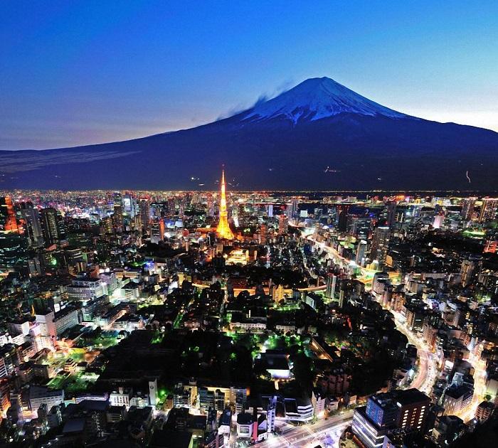 Лидером рейтинга, с большим отрывом занявший 1-е место, является японский мегаполис – в городе проживает 34,5 миллиона человек.