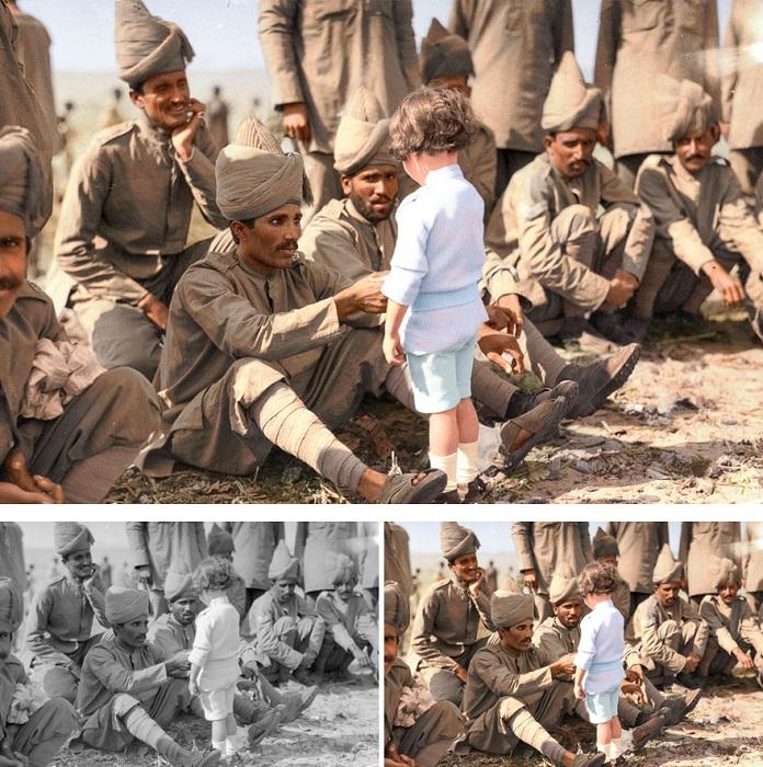 Французский мальчик знакомится с индийскими солдатами, Марсель, 30 сентября 1914 год.