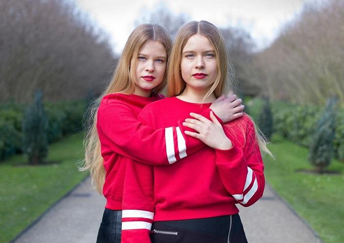 Все портреты идентичных близнецов были сделаны в мультикультурном мегаполисе – Лондоне.