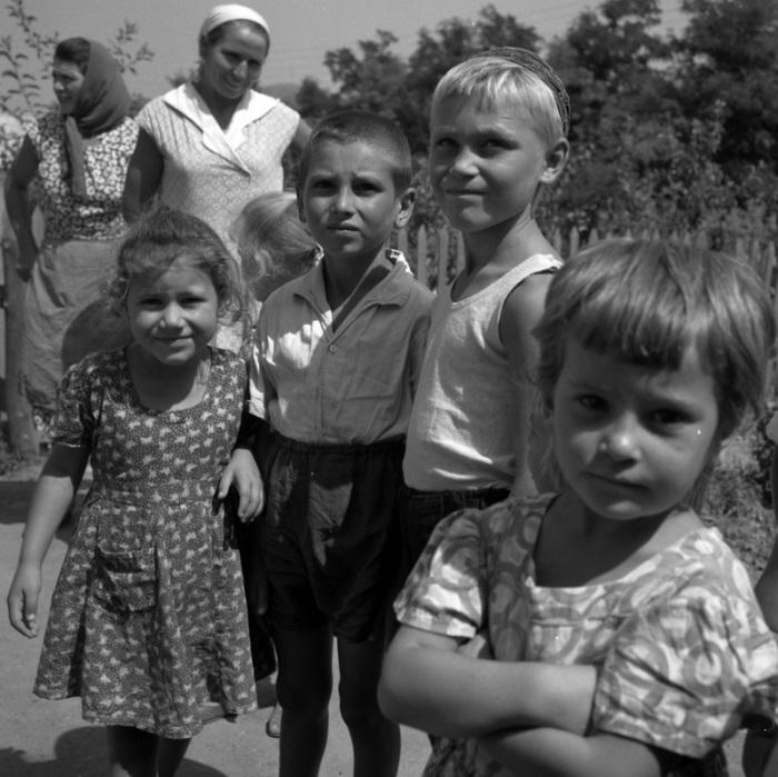 Днем на прогулке, 1963 год.