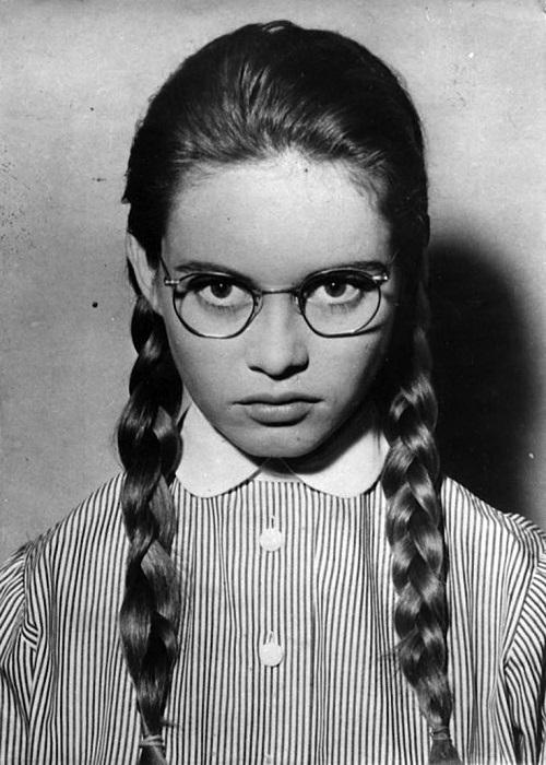 Французская киноактриса и фотомодель родилась 28 сентября 1934 года в Париже (Франция).