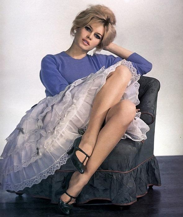 Известная французская модель и актриса прекратила сниматься в фильмах в возрасте 39-лет.