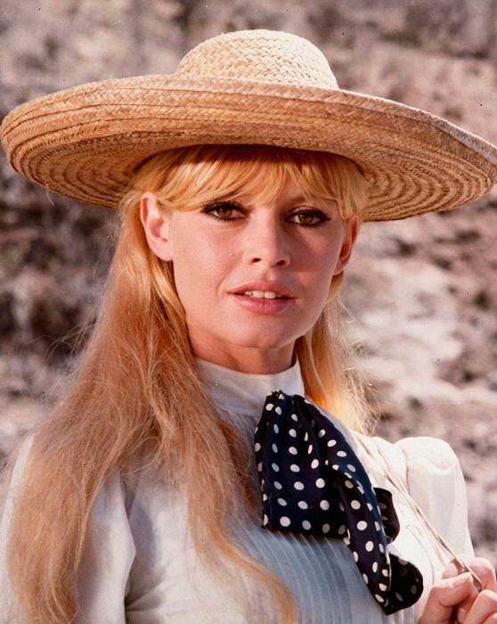 За роль в комедийном кинофильме «Вива, Мария!» (1965 года) французская актриса номинировалась на британскую премию «BAFTA».