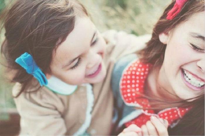 Самые искренние и бескорыстные эмоции, способны растопить своей теплотой самые холодные сердца и заставить улыбнуться в ответ.