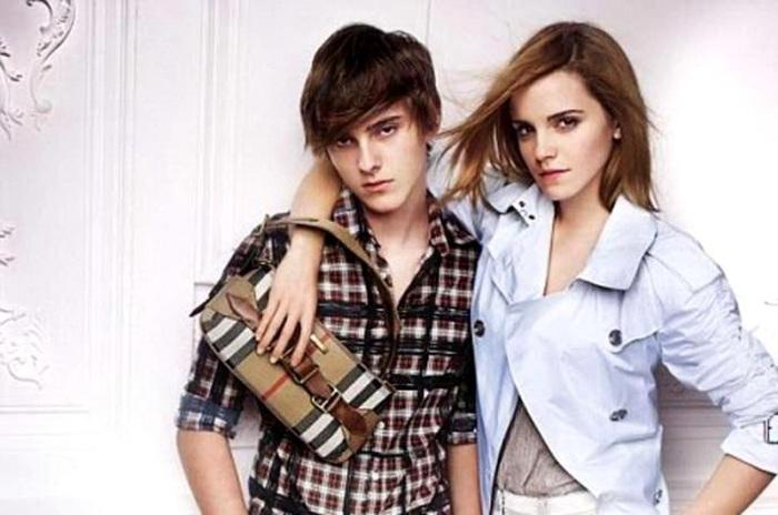 Эмма с родным братом Алексом.