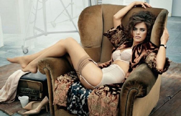 Успешная модель,  начинающая актриса и внучка одного из самых красивых мужчин в мире – Алена Делона.