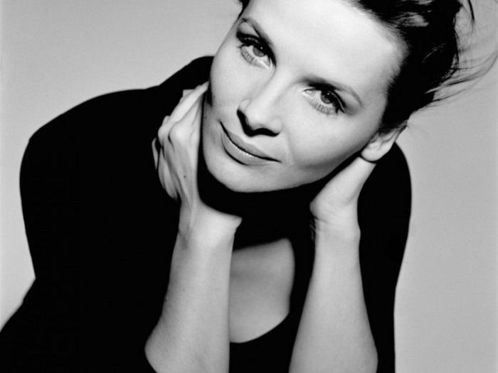 Одна из самых любимых и талантливых французских киноактрис.