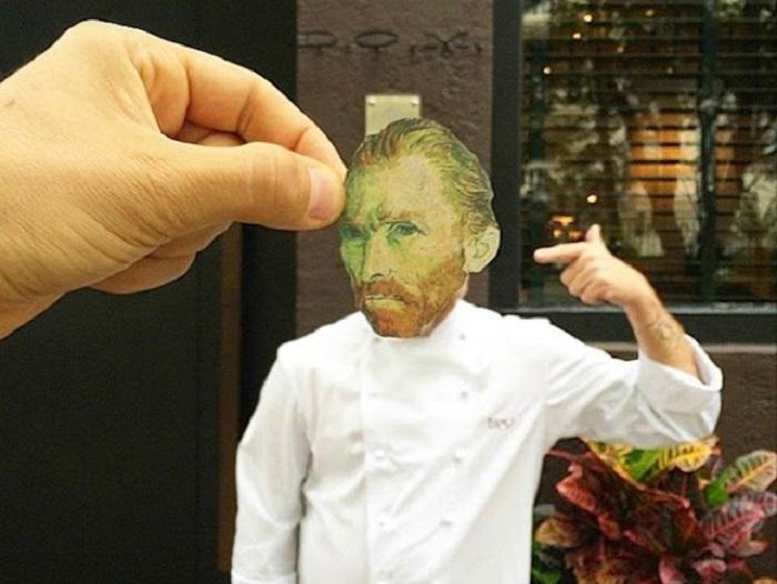 Вырезанная голова Ван Гога и вышедший шеф-повар ресторана на улицу.