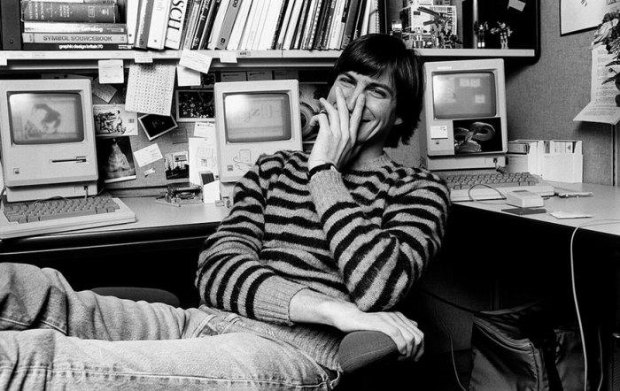 Стив Джобс - отец Apple.