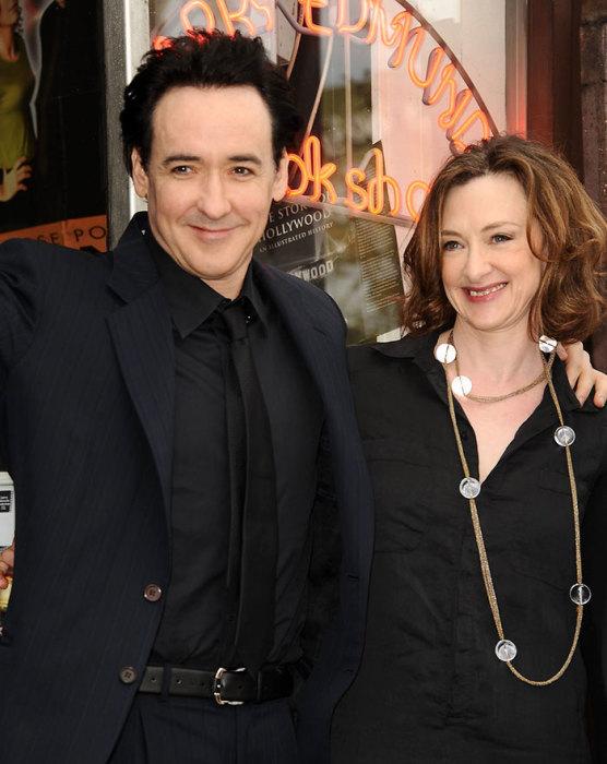 Старшая сестра Джона – двукратная претендентка на премию «Оскар».