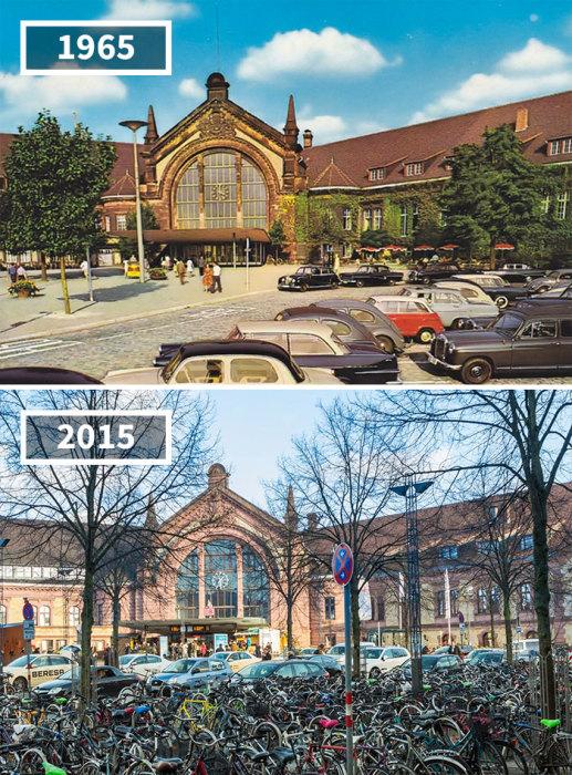 Здание центрального железнодорожного вокзала отлично сохранилось, а вот движение на улице стало гораздо более оживленным.