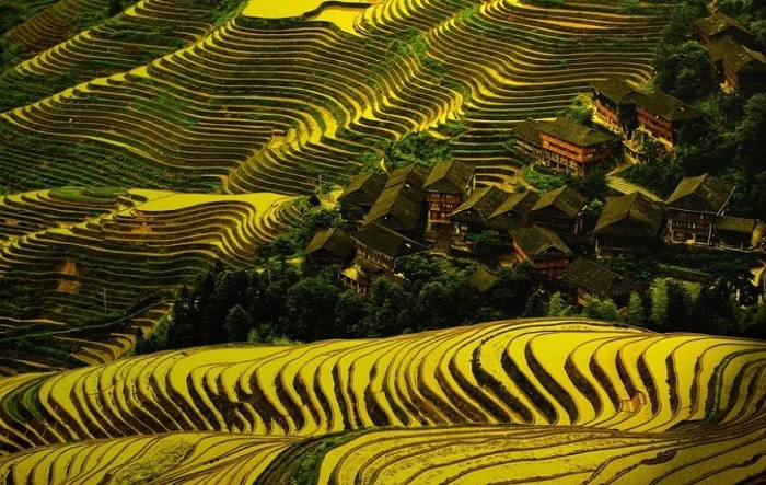 Самый маленький город Китая с завораживающей красотой.