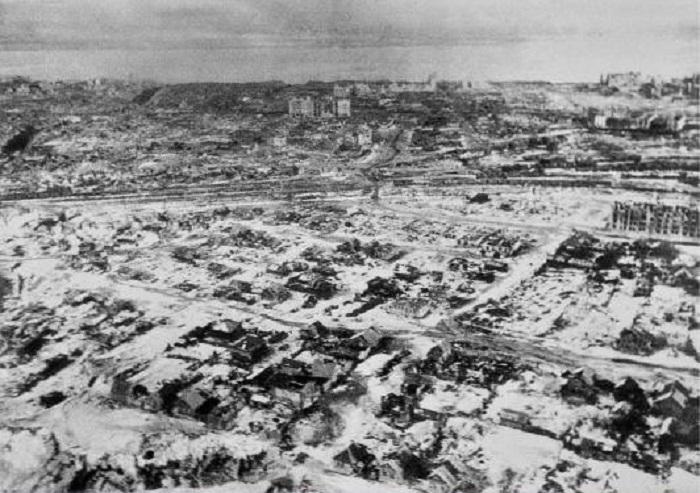 Вид на город с самолета, 1943 год.