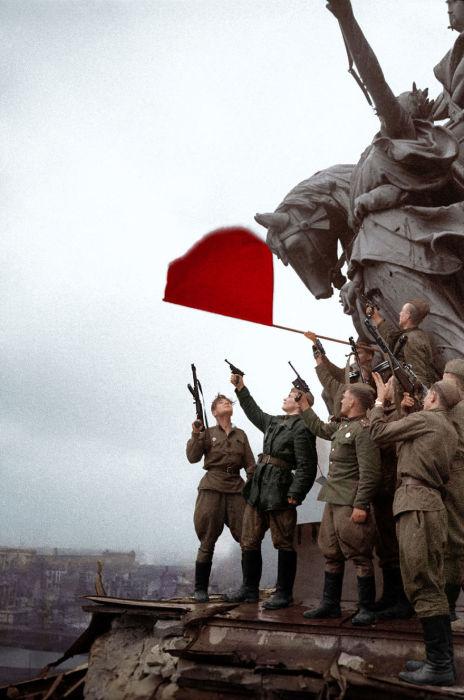 Русские солдаты в Берлине.