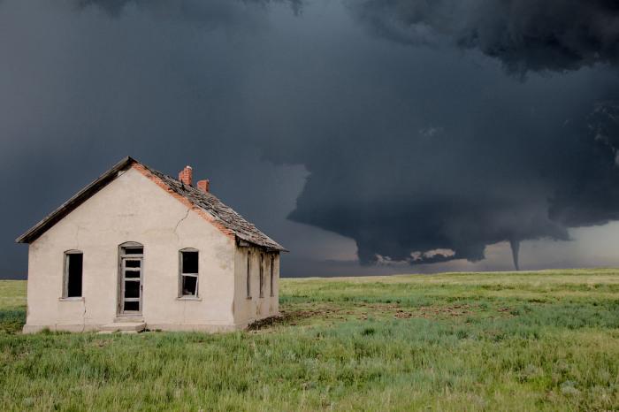 Страшное торнадо в Колорадо. Фотограф Эрик Хёрст (Eric Hurst).